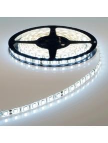 strip led striscia 12v 72w luce fredda bobina 5 metri   300smd5050 impermeabile esterno ip65 5400 lumen  0135